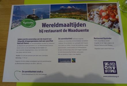 flyer van wereldmaaltijden van Wereldwinkel Dokkum