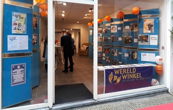 Wereldwinkel Venlo met fototentoonstelling